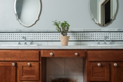 Natural & Traditional American Colonial Bathroom Cabinets & Vanity