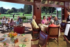 Golf-Club-Dining-494x320-1